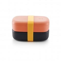 Dubbele lunchbox uit kunststof met silicone band zwart en roze 1l